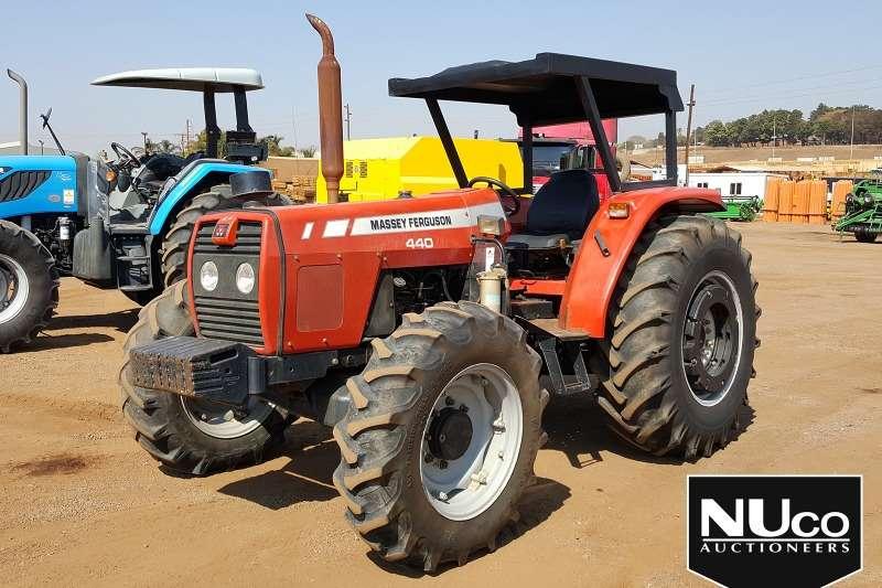 Massey Ferguson Tractors MASSEY FERGUSON MF440 4WD TRACTOR