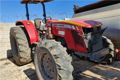 Massey Ferguson Massey Ferguson Tractors 440, 455 Xtra, 460 Xtra Tractors
