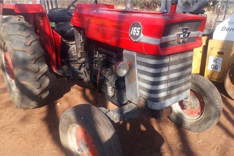 Massey Ferguson Tractors MF 165 TRACTOR 2X4
