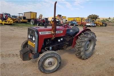 Massey Ferguson Tractors Two Wheel Drive Tractors MF 240 1993