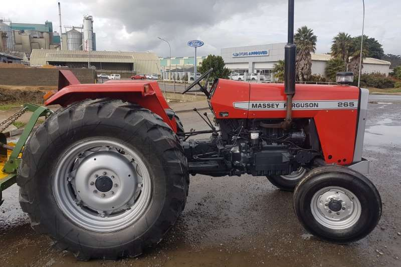 Massey Ferguson Tractors Two wheel drive tractors MF 265 1981