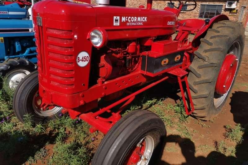 Mccormick Tractors 1960 McCormick B450 1960
