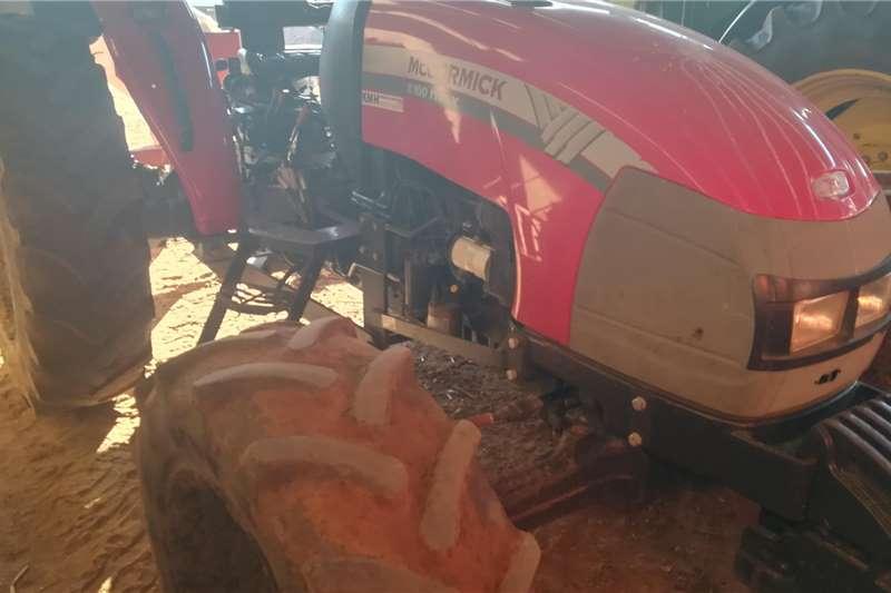 Mccormick 4WD tractors B100 Max Tractors