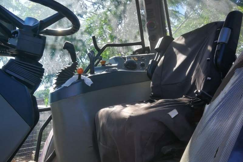 Mccormick 4WD tractors McCormick MC 110 DT Cab Tractors