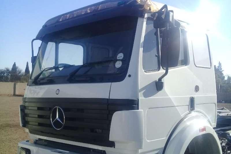Mercedes Benz Trucks Double axle Powerliner 2545 Refurbished 6x4TT 1997