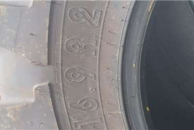 Michelin Brand new 2 x 420/85/R28 and 2x 520/85R38 Tyres