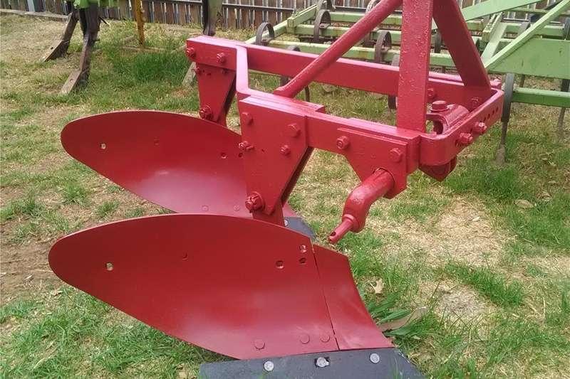Mouldboard ploughs 2 Skaar ploeg