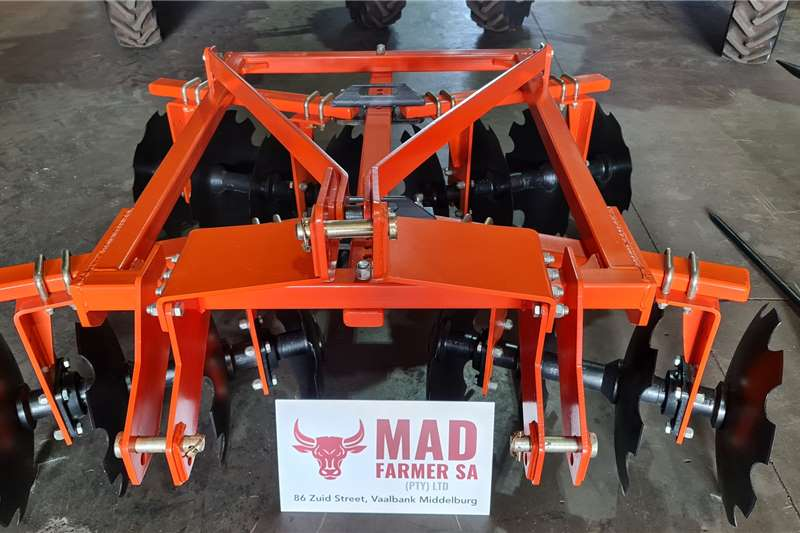 New 16 Disc Tandem Hitched Disc Harrows