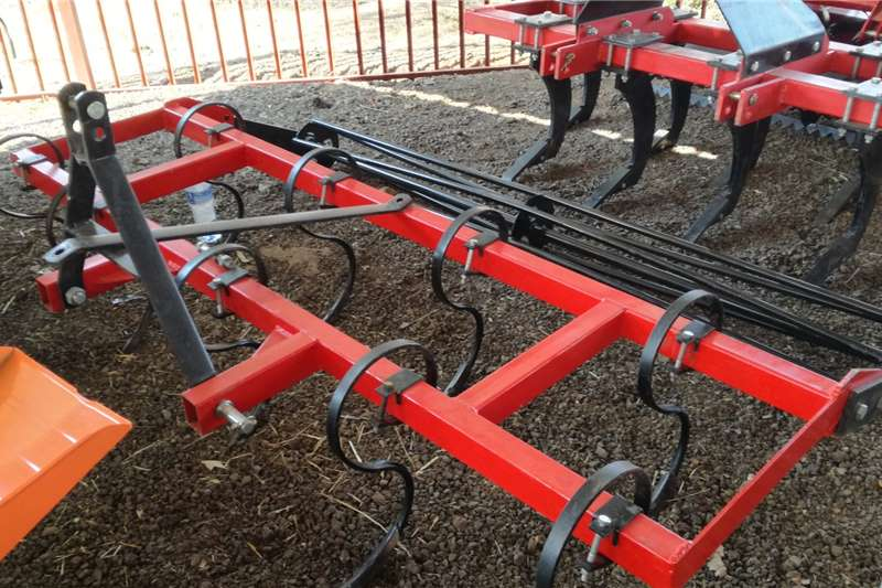 2020   New 9 Tine Spring Cultivator with Roller 2.5m