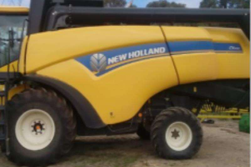 New Holland Combine harvesters and harvesting equipment CX5090 2014