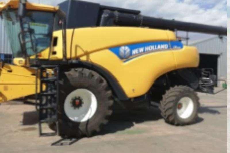 New Holland Harvesting equipment CR9080 2012