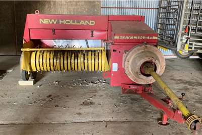 New Holland Square balers New Holland 370 Baler Haymaking and silage