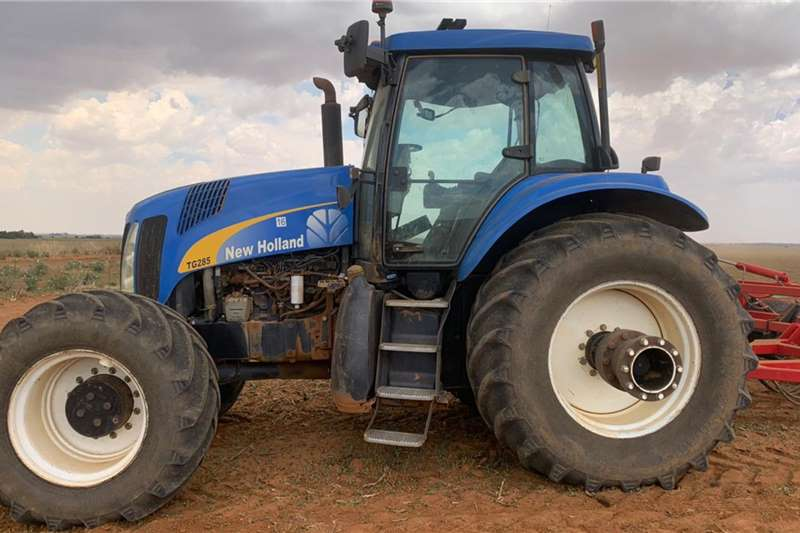 2004 New Holland  New Holland TG 285 x 4 214kW