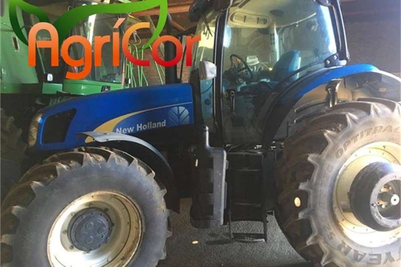 New Holland Tractors 2011