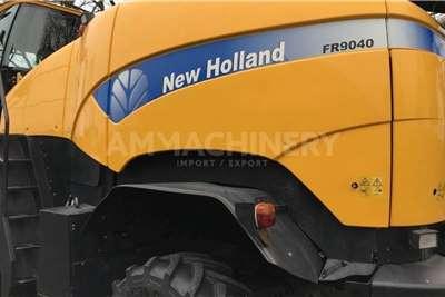 New Holland 2WD tractors New Holland FR9040 Tractors