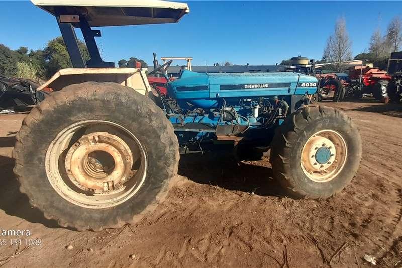 New Holland 4WD tractors 8030 DT Tractors
