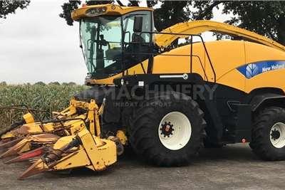 New Holland 4WD tractors New Holland FR9040 Tractors