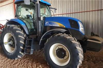 New Holland 4WD tractors New Holland T 6090 Tractors