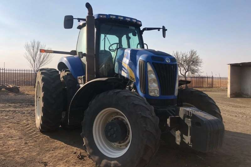 New Holland Tractors 4WD tractors New Holland T 8040 2008