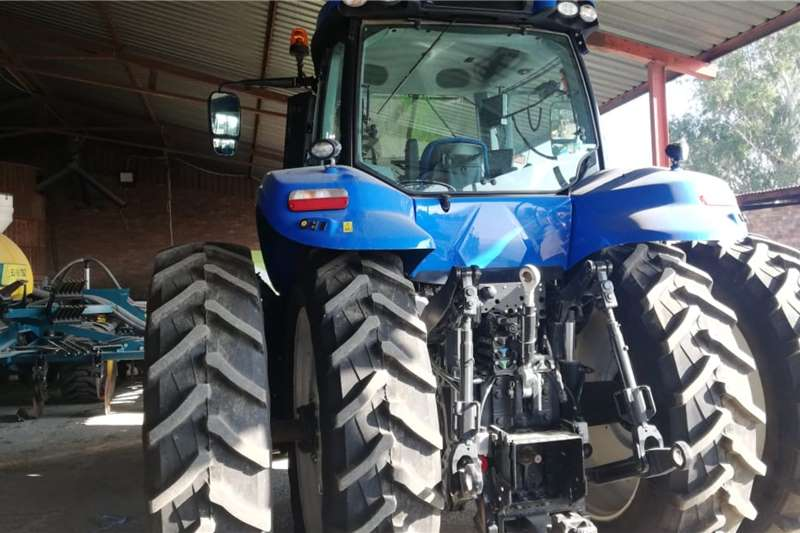 New Holland Tractors 4WD tractors New Holland T8 380 2018