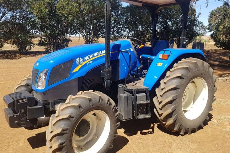 New Holland Tractors 4WD tractors New Holland TT4.90 2017