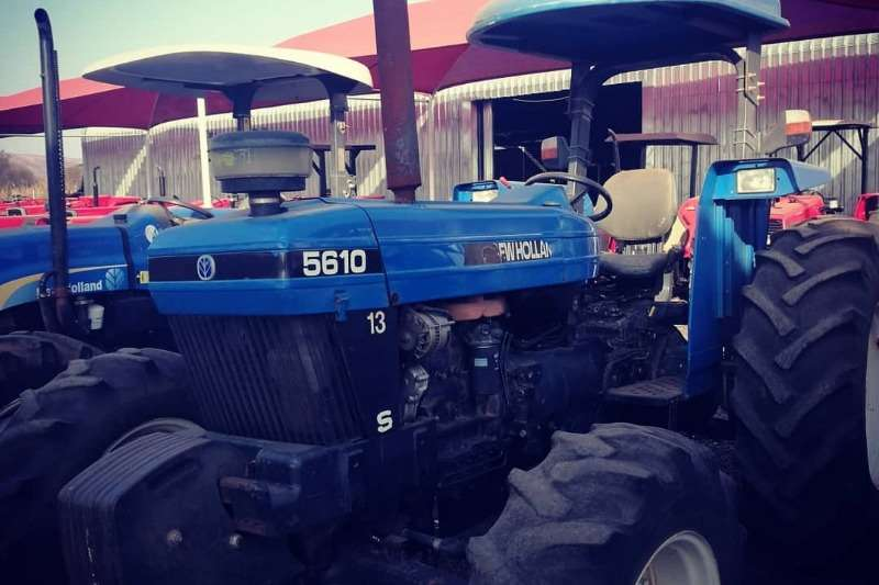New Holland Tractors Four wheel drive tractors New Holland 5610