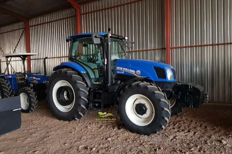 New Holland Tractors Four wheel drive tractors New Holland T 6070 2018