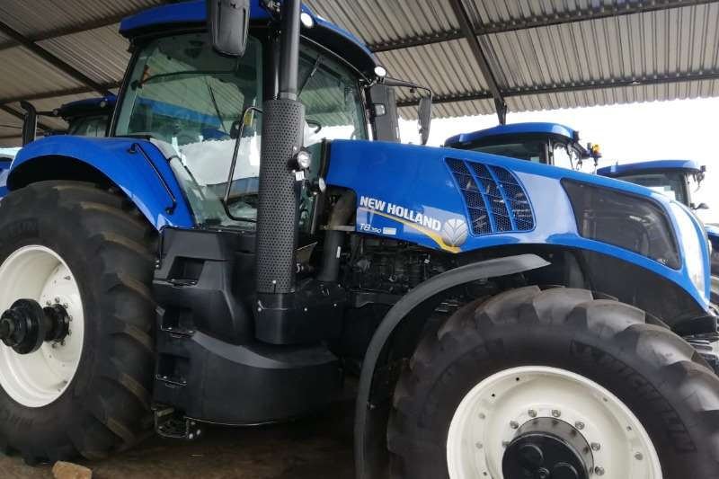 New Holland Tractors Four wheel drive tractors New Holland T8 350 2019