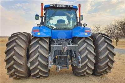 New Holland Tractors Four Wheel Drive Tractors T8040 2012