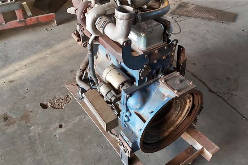 New Holland Tractors New Holland SNH 4100 Turbo Engine