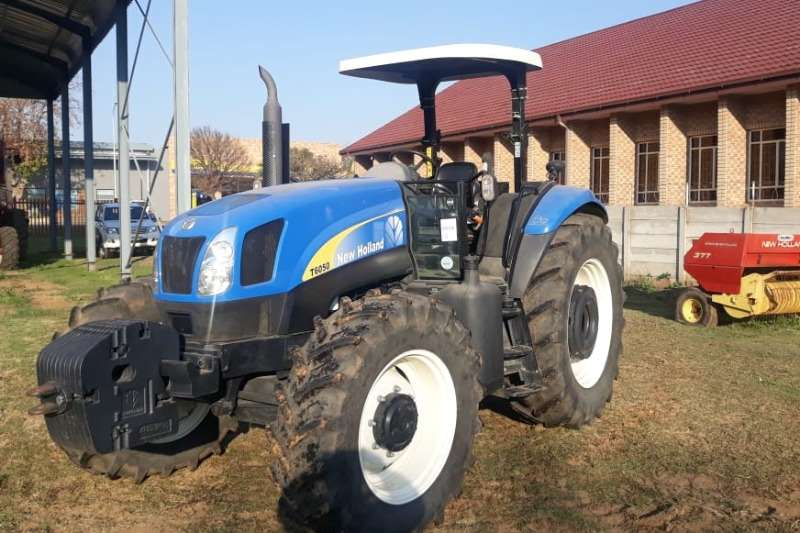 New Holland Tractors New Holland T6050 Tractor 2016