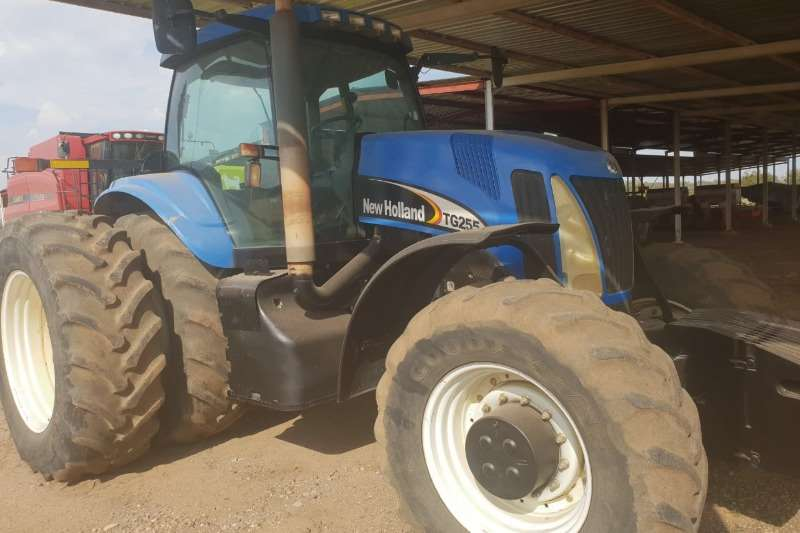 New Holland Tractors New Holland TG255 Tractor 2005
