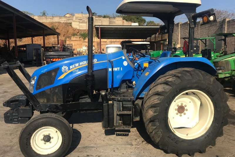 New Holland Tractors TT 4.90 2016