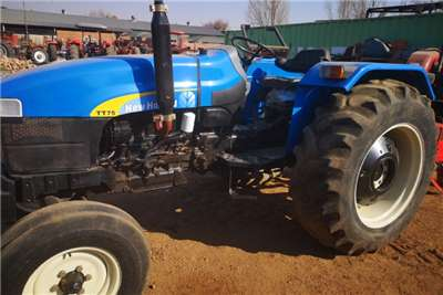 New Holland Two wheel drive tractors New HollandTT75 Tractors