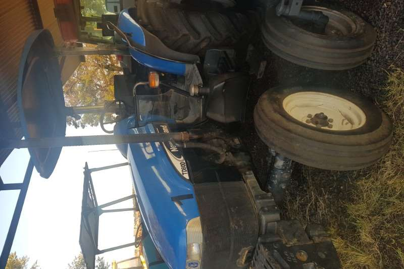 New Holland Tractors Two wheel drive tractors TD80D 2005