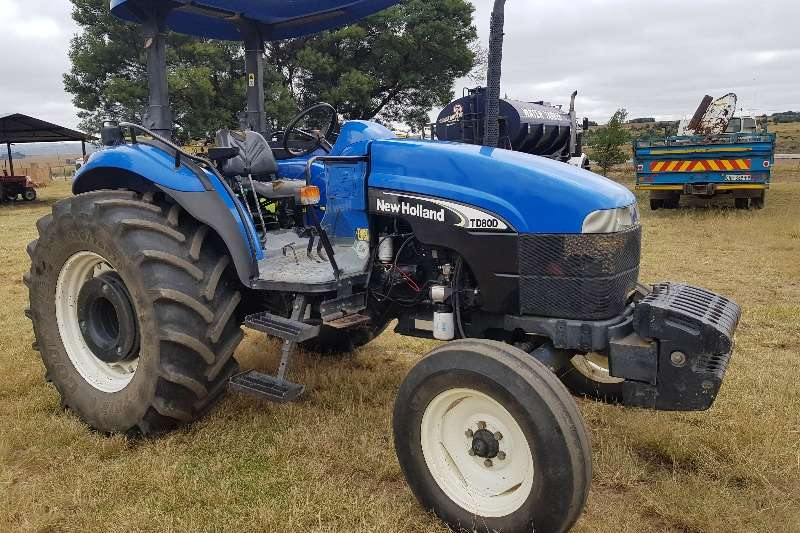 New Holland Tractors Two Wheel Drive Tractors TD80D with papers 2005