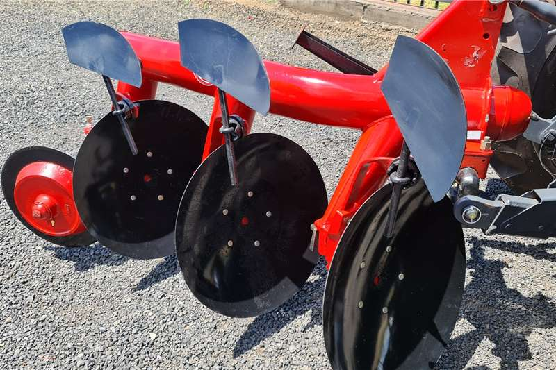 New JBH 3 disc pipe frame disc ploughs