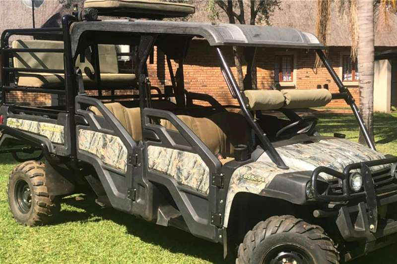 2014 John Deere Double Cab XUV IRS Gator Other