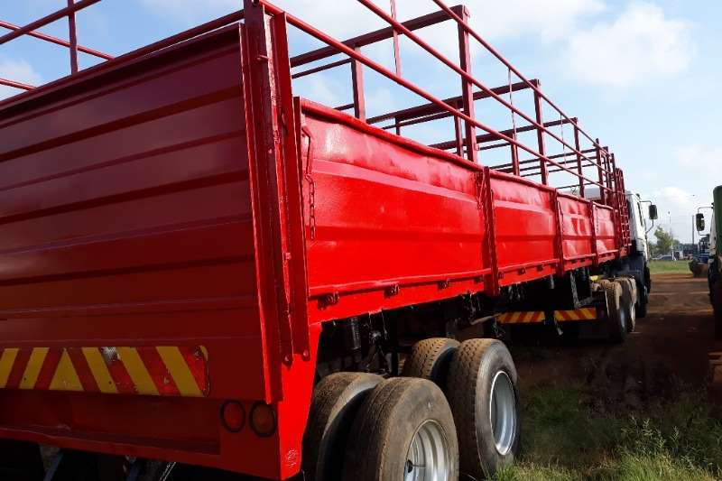 Other Agricultural trailers Cattle trailers GAME / CATTLE TRAILER 2 AXLE NO PAPERS 11.5 MTR