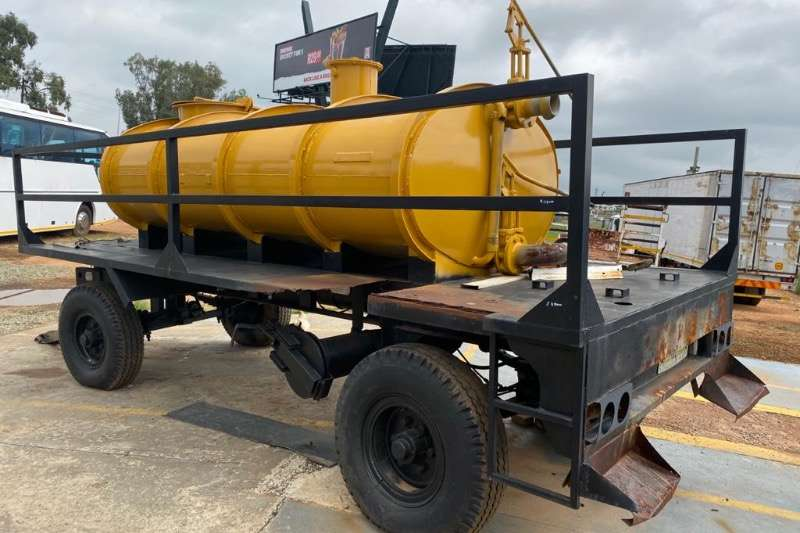 Other Agricultural trailers Heartland tanker trailer R39000 1995