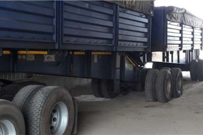 Other Mass side trailers Agricultural trailers