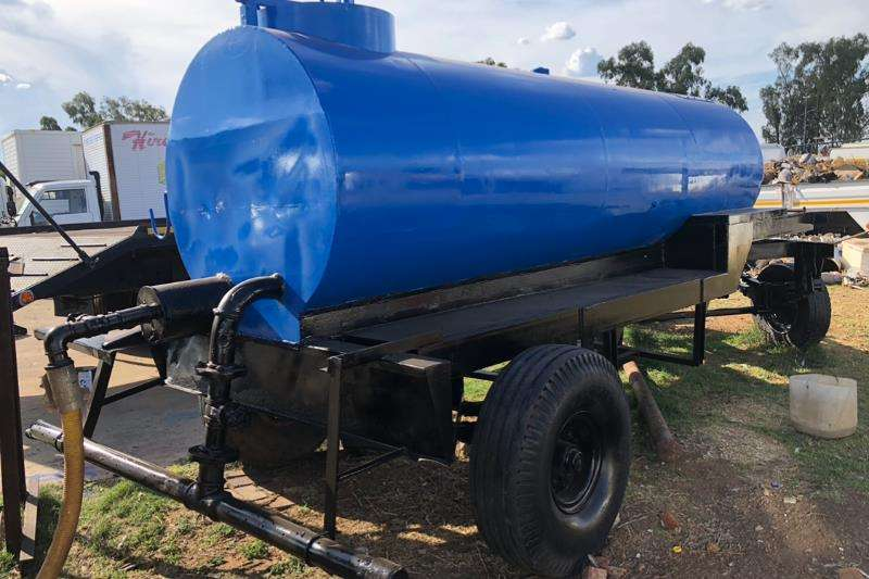 Other Agricultural trailers Water bowsers 1990