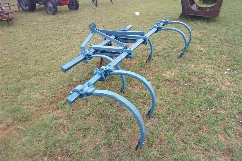 Other cultivators 6 tine spring coil ripper / tiller. Veertand skoff