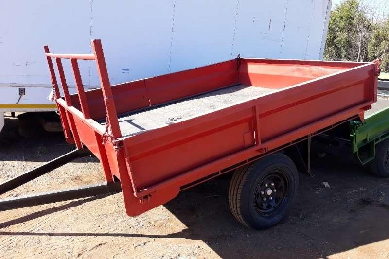Other Feed wagons 2 WHEEL FARM TRAILER 1 TON DROP SIDE