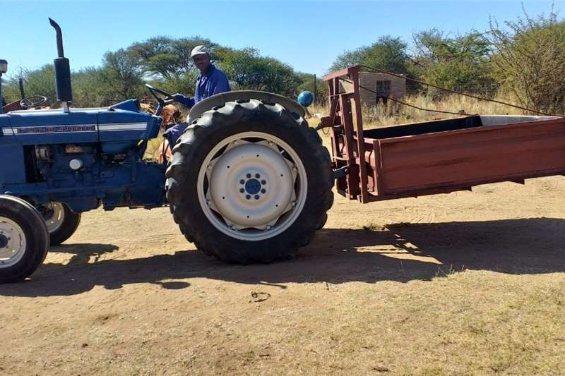 Other Ford 4000 met Abba wa