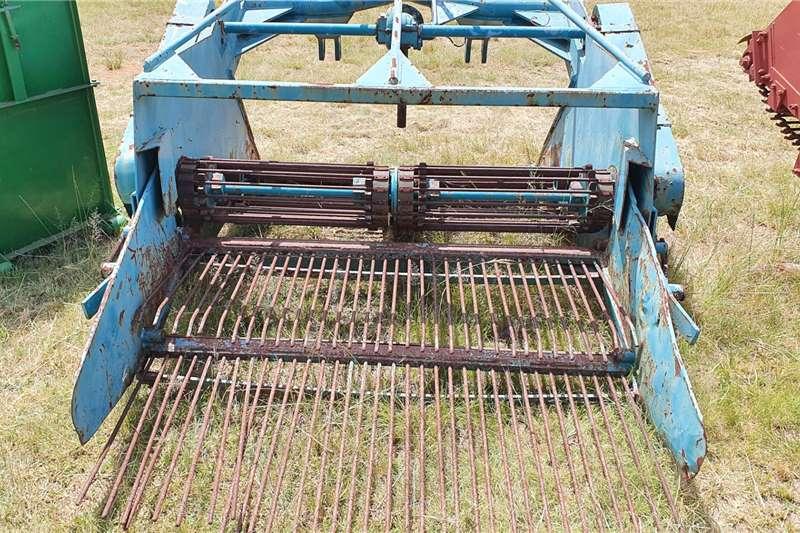 Other Potato harvesters Double row Potato Digger Harvesting equipment
