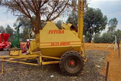 Other Threshers Futura Stroper Harvesting equipment