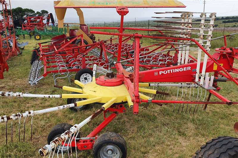 Other Haymaking and silage Rakes Pottinger Eurotop 421N tedder kraghark 2014