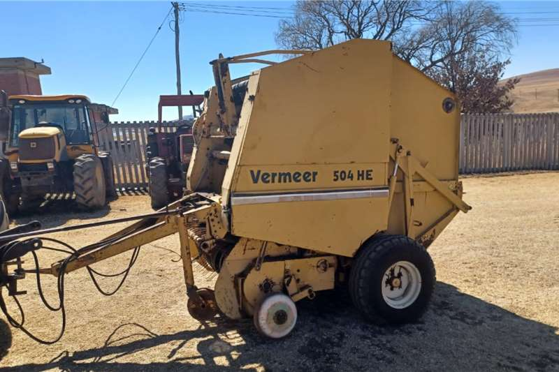 Other Round balers Round Baler Vermeer Haymaking and silage