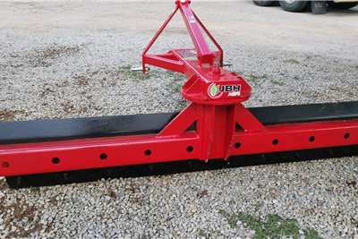 New 2.5m mounted graders Other